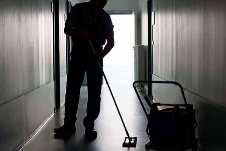 contrata de limpieza